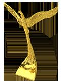 statuetka orzeł wykadrowany
